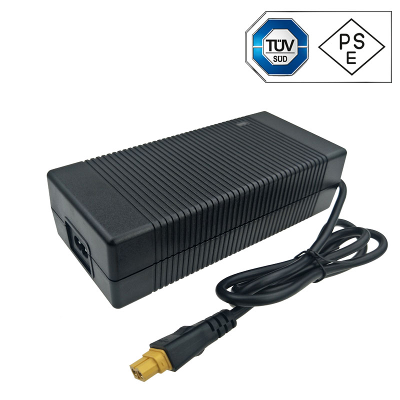 UL CUL FCC Approved 19V 10A AC DC Adapter Swithching Power Supply