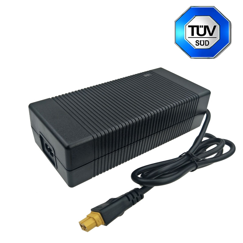 China Made 28V 5A Switching Power Supply