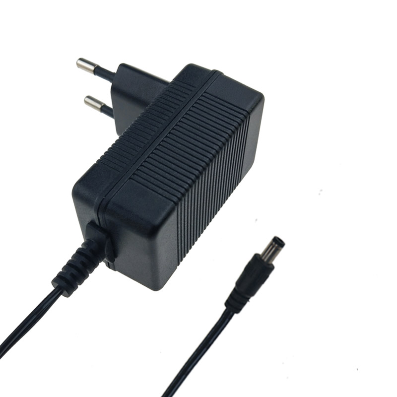 Power Tool Lithium Battery Charger 12.6V 1A Wall Plug Charger
