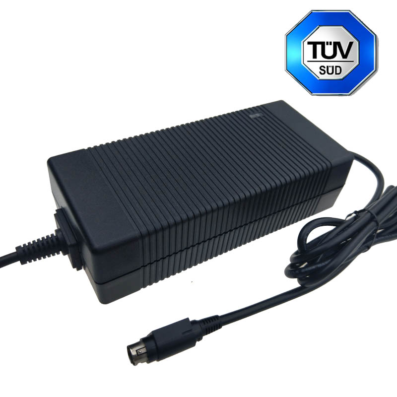 Military Products Use 12.6V 9.5A Lithium Battery Charger
